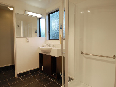 1-bedroom-standard Ashford Motor Lodge