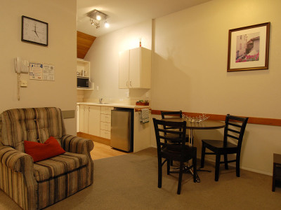 2-bedroom-standard Ashford Motor Lodge